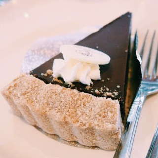 Salted Chocolate Caramel Cheesecake . - 位于บางกะปิ的Butter Cup (บางกะปิ) | 曼谷