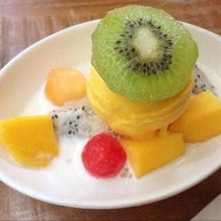 ไอศกรีมมะม่วง - Pathum Wan's Mango Tango (แมงโก้ แทงโก้) (Pathum Wan)|Bangkok
