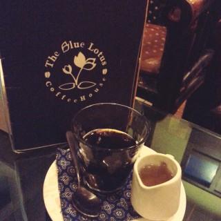 cold brew - Simpang Lima's The Blue Lotus Coffee House (Simpang Lima)|Semarang
