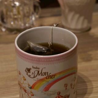 焦糖無花果紅茶 - 位於的baby Mon cher Cafe (銅鑼灣) | 香港