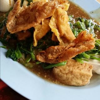 位于湯申路上段的義和正宗安邦酿豆腐 (湯申路上段) | 新加坡