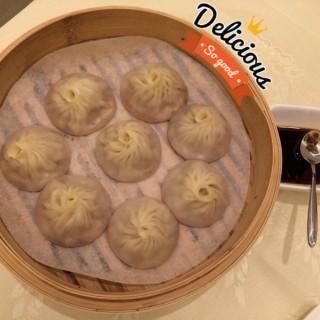 一囗小籠包(mouthful small steamed meat buns) - 位於鑽石山的金滿庭京川滬菜館 (鑽石山)   香港