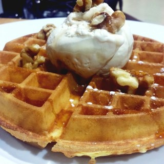 Waffles with Butter Pecan Ice Cream, Maple Syrup and Walnuts!  -  Dhoby Ghaut / Marble Slab Creamery (Dhoby Ghaut)|Singapore