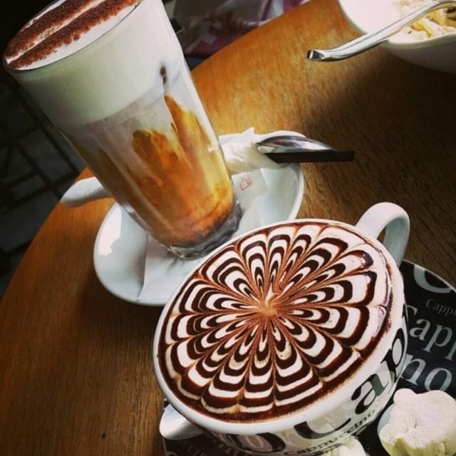 Cafe Mocha & Iced Latte - Lewisgene - Café - Mont Kiara - Klang Valley