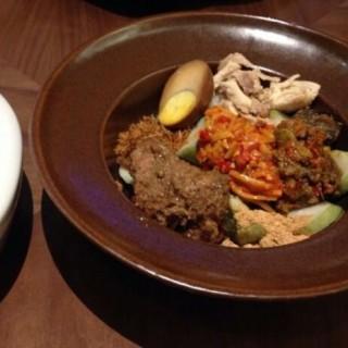 Lontong Cap Go Meh -  dari Remboelan Indonesian Soul Food (Kuningan) di   Jakarta