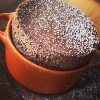 Chololate souffle -   / Roast Coffee & Eatery (คลองตันเหนือ)|กรุงเทพและปริมลฑล