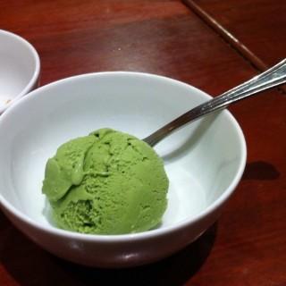 ไอศครีมชาเขียว - 位于ห้วยขวาง的Takumi (ห้วยขวาง) | 曼谷