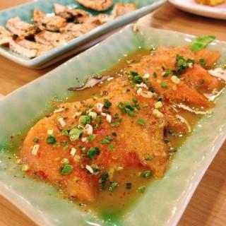 ยำปลาแซลมอน - 位於คลองตันเหนือ的Kuroda (คลองตันเหนือ) | 曼谷