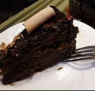 Chocolate truffle cake - Alabang's Sugarhouse (Alabang)|Metro Manila