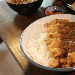 Chicken Curry Rice - 位於Pantai Indah Kapuk的Ohka (Pantai Indah Kapuk) | 雅加達