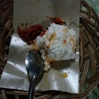 Nasi teri - ใน จากร้านAngkringan Mas Paijo (Kelapa Gading)|Jakarta