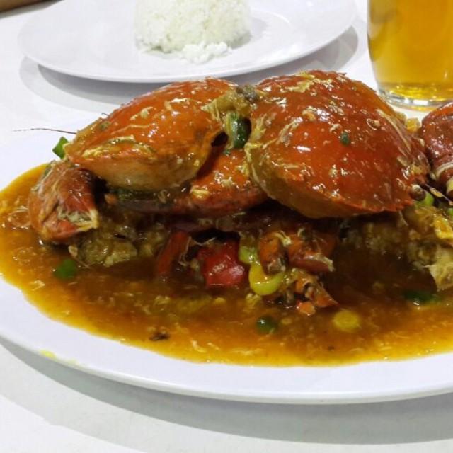Kepiting Saos Padang - Bola Seafood Acui - Restaurant ...