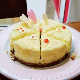 cheese cake -  dari Bakerzin (Senayan) di Senayan |Jakarta
