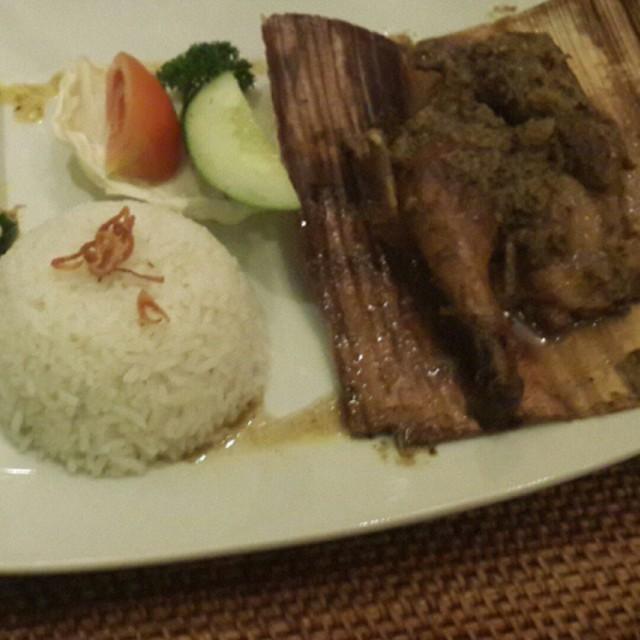 Ayam betutu - Bebek Tepi Sawah - Bali - Cilandak - Jakarta