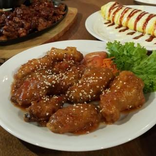 Honey Chicken (regular) -  dari Jeans Chilli Chicken Indonesia (Kebayoran Lama) di  |Jakarta