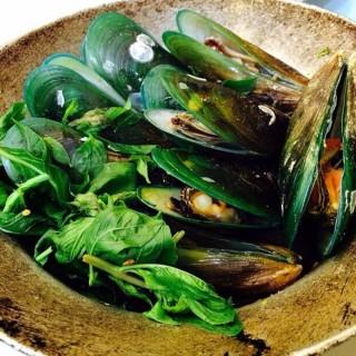 หอยแมลงภู่ - ใน จากร้านอบอร่อย (วังทองหลาง)|กรุงเทพและปริมลฑล