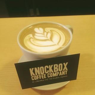 Cappuccino - ใน旺角 จากร้านKnockbox Coffee Company (旺角)|ฮ่องกง