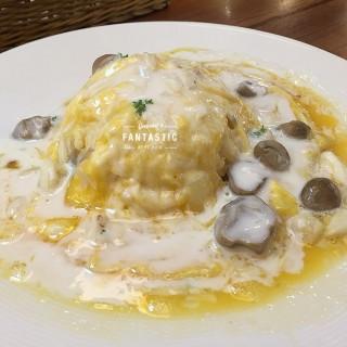 ข้าวไข่ข้น -  ปทุมวัน / Baan-Ying (ปทุมวัน)|กรุงเทพและปริมลฑล