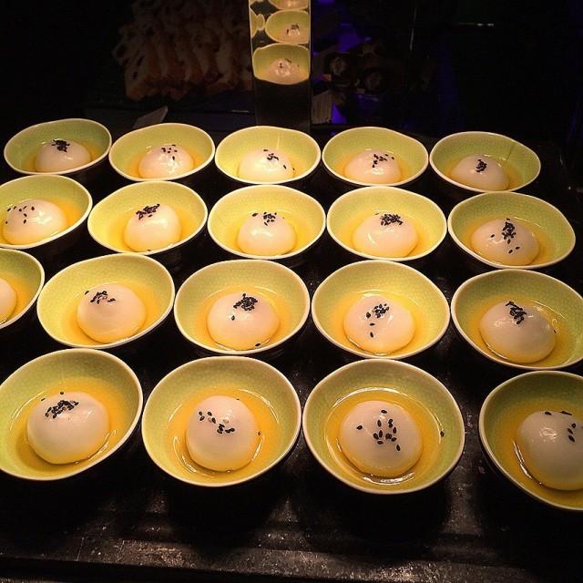 黑芝麻糯米糍 - Tsim Sha Tsui's Yamm|Romantic Dining - Hong Kong