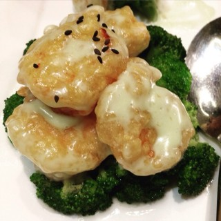 Prawns - 位於Greenhills 的Lugang Cafe (Greenhills ) | 馬尼拉