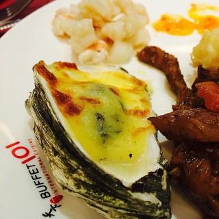 Seafood platter - New Manila's Buffet 101 (New Manila)|Metro Manila