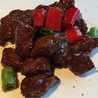 新加坡黑椒牛籽粒 - ใน จากร้าน胡姬•兰 (五角场)|Shanghai