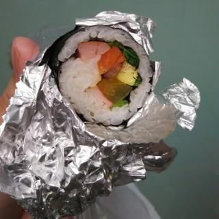 韓國壽司 - ใน尖沙咀 จากร้าน新世界韓式食品 (尖沙咀)|ฮ่องกง