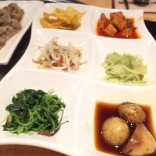 Appetizer korean food -  dari SamWon House (Kuningan) di Kuningan |Jakarta