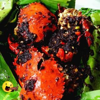 Kepiting Asap - ในCengkareng จากร้านBola Seafood Acui (Cengkareng)|Jakarta