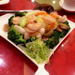 Shrimp with Broccoli Flower - 位于New Manila的Xilaimen Seafood Restaurant (New Manila) | 马尼拉