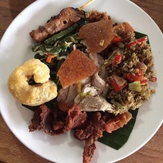 Nasi babi -  Nusa Dua / Babi Guling Pak Dobiel (Nusa Dua)|Bali