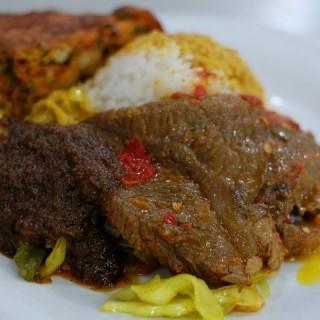 nasi dendeng telur dadar -  Tomang / Sinar Minang Group (Tomang)|Jakarta