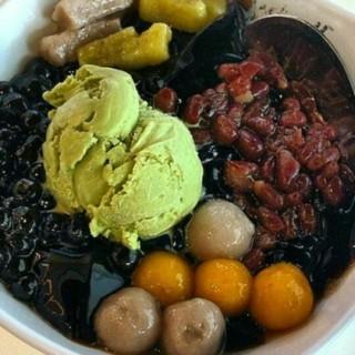dessert -  dari BlackBall (Dukuh Pakis) di Dukuh Pakis |Surabaya