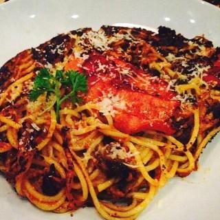Next Day Mama's Spaghetti - ในSlipi จากร้านPizza é Birra (Slipi) Jakarta