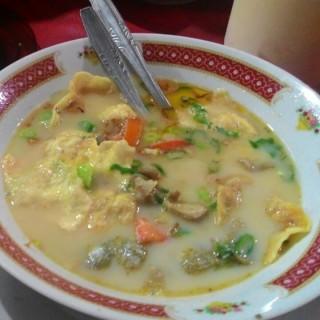 sop kaki kambinh - Tebet's Kedai Betawi Bang Mus (Tebet)|Jakarta