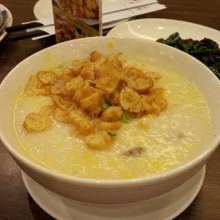 Bubur Jagung Sapi Cincang - Slipi's Ta Wan Restaurant (Slipi)|Jakarta