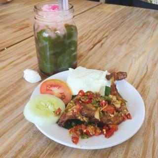 Ayam Goreng Sambal Matah - 位於Green Ville的Gerobak Betawi (Green Ville) | 雅加達