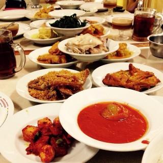 Nasi Padang Set Menu -  dari Rumah Makan Padang Sederhana (Kaliurang) di Kaliurang |Yogyakarta