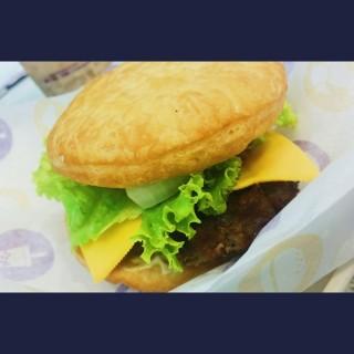 Chatime Burger -  dari Chatime (Pasig) di Pasig |Metro Manila