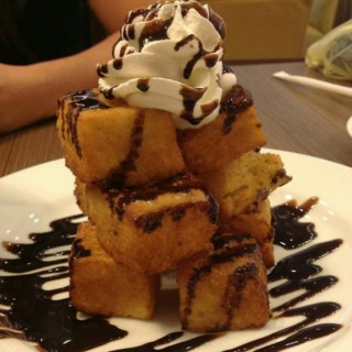 Chocolate French Toast Tower -  dari UCC Coffee Cafe Terrace (Binondo) di Binondo |Metro Manila