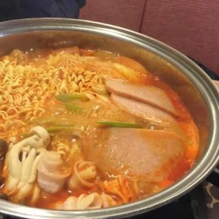 มาม่าหม้อไฟเกาหลี -  ปทุมวัน / School Food (สคูลฟู้ด) (ปทุมวัน)|กรุงเทพและปริมลฑล