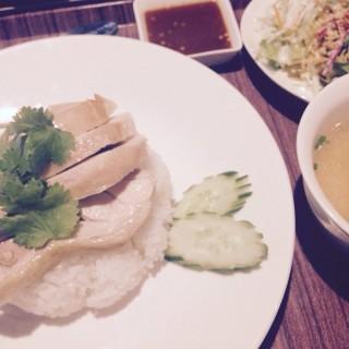 カオマンガイ -  三軒茶屋・三宿 / 本格タイ料理バル プアン (三軒茶屋・三宿)|東京