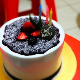 Blueberry Cheesecake -  dari Chef's Bakery (Thamrin) di Thamrin |Jakarta