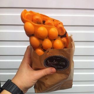 積及橙餅雞蛋仔 -  dari Modos (旺角) di 旺角 |Hong Kong
