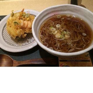 海鮮炸餅+蕎麥麵 - Ueno, Okachimachi's Kokusan Nihachisoba Kyouka (Ueno, Okachimachi)|Tokyo