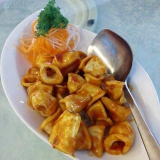 Cumi Goreng Singapore -  Tomang / Central Restaurant (Tomang)|Jakarta