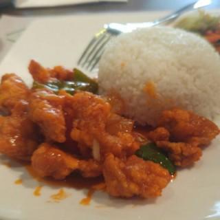 nasi ayam asam manis -  dari Macao Supreme (Kelapa Gading) di Kelapa Gading |Jakarta