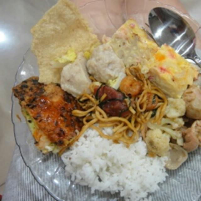 bakmi goreng, bakso fiyan - Phoenix - Noodles / Kway Teow - Sudirman - Bandung