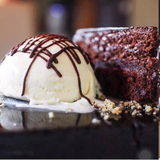 Flourless Chocolate Cake - Katipunan's House of Wagyu Stone Grill (Katipunan)|Metro Manila