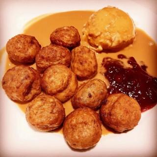 Swedish Meatballs - Tampines's Ikea Cafe (Tampines)|Singapore